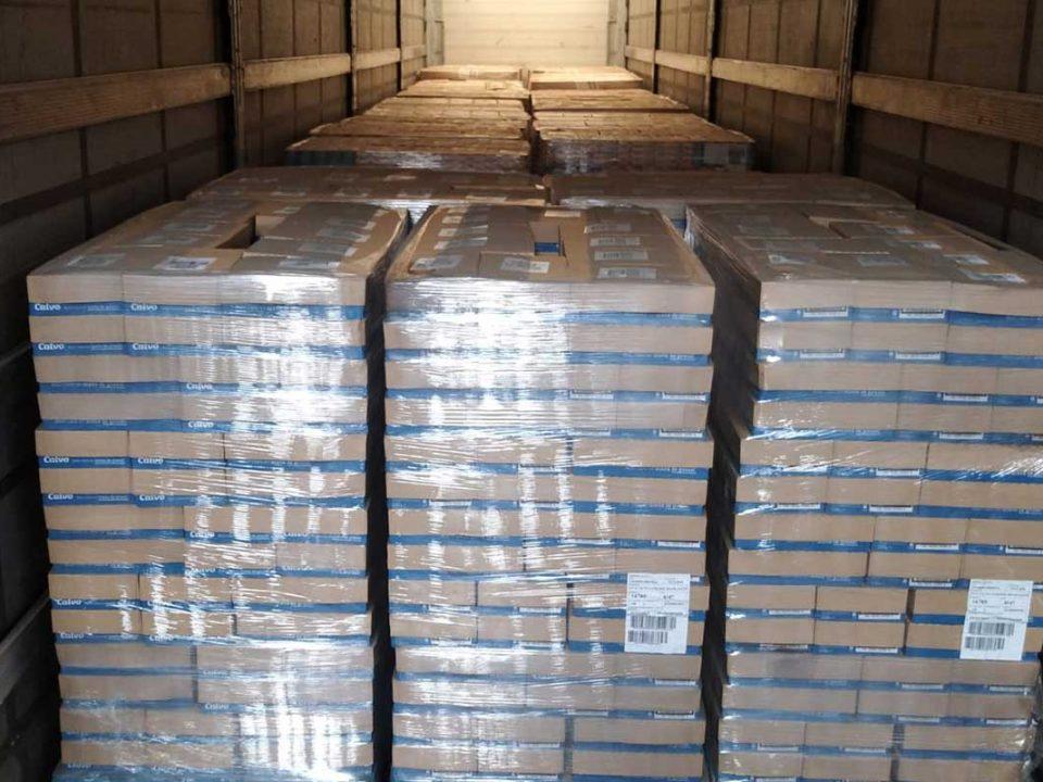 Grupo Calvo dona un millón de latas de conserva a Banco de Alimentos, Cruz Roja y Cáritas